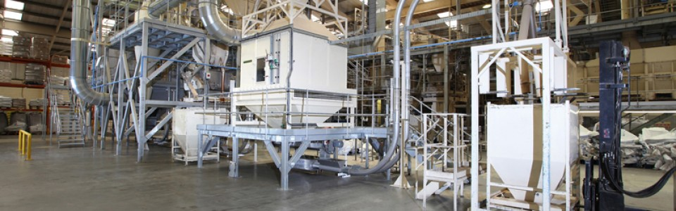 C & D Pet Food Installation of Cablevey Conveyors